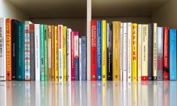 Cinco libros que transformarán tu felicidad en el trabajo